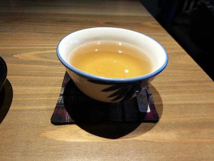 金沢 ひがし茶屋街のパワスポ宇多須神社前の「カフェ多聞(たもん)」でふわふわパンケーキを食べました