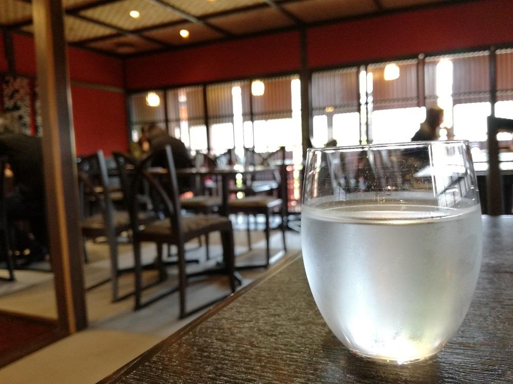 東茶屋街の茶房やなぎ庵で伝統工芸品に囲まれてうっとりしながらお休憩を