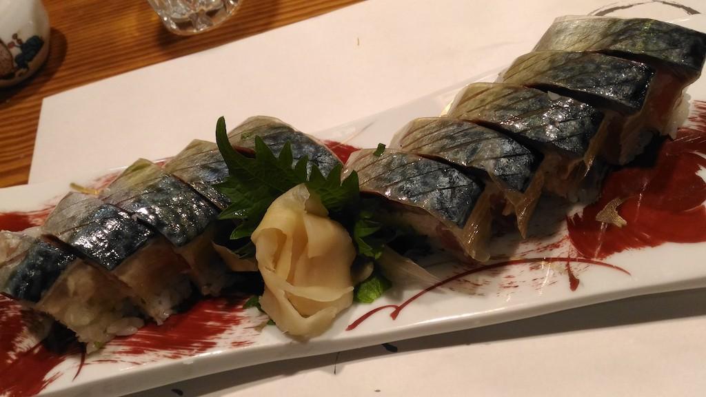 金沢 せせらぎ通り裏の「割烹むら井」の鯖の棒鮨とあら炊きは絶品なり!