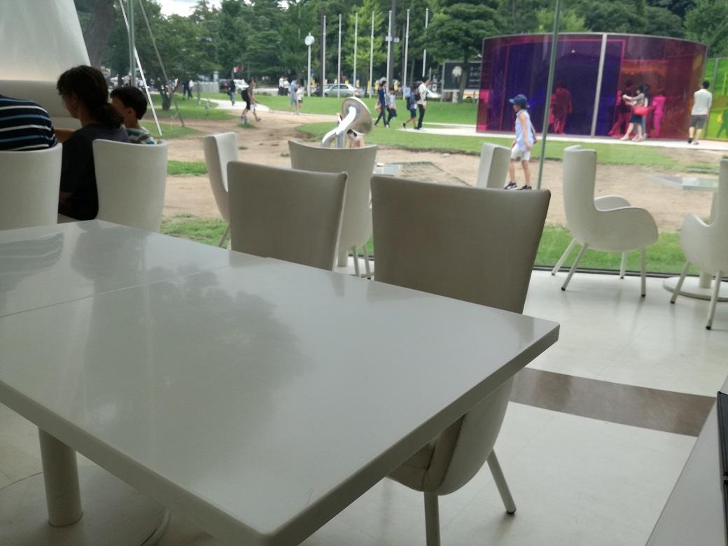21世紀美術館のレストラン フュージョン21でアート空間を味わいつくす