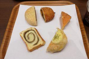 辻口さん監修のマリアージュドゥファリーヌでパンをたらふく食べる休日